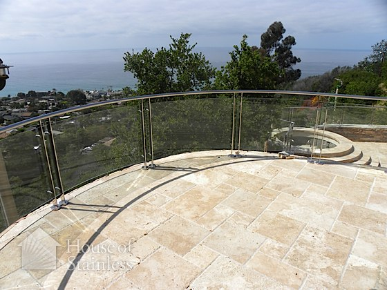 Curved Glass Guardrail Photo