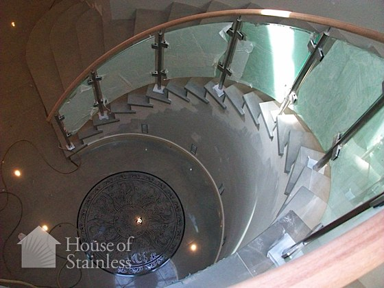 Curved Glass and Stainless Railing Photo