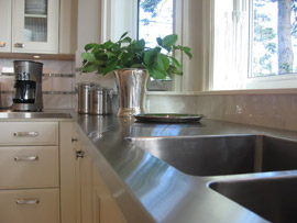 Care for a Stainless Steel Sink Image